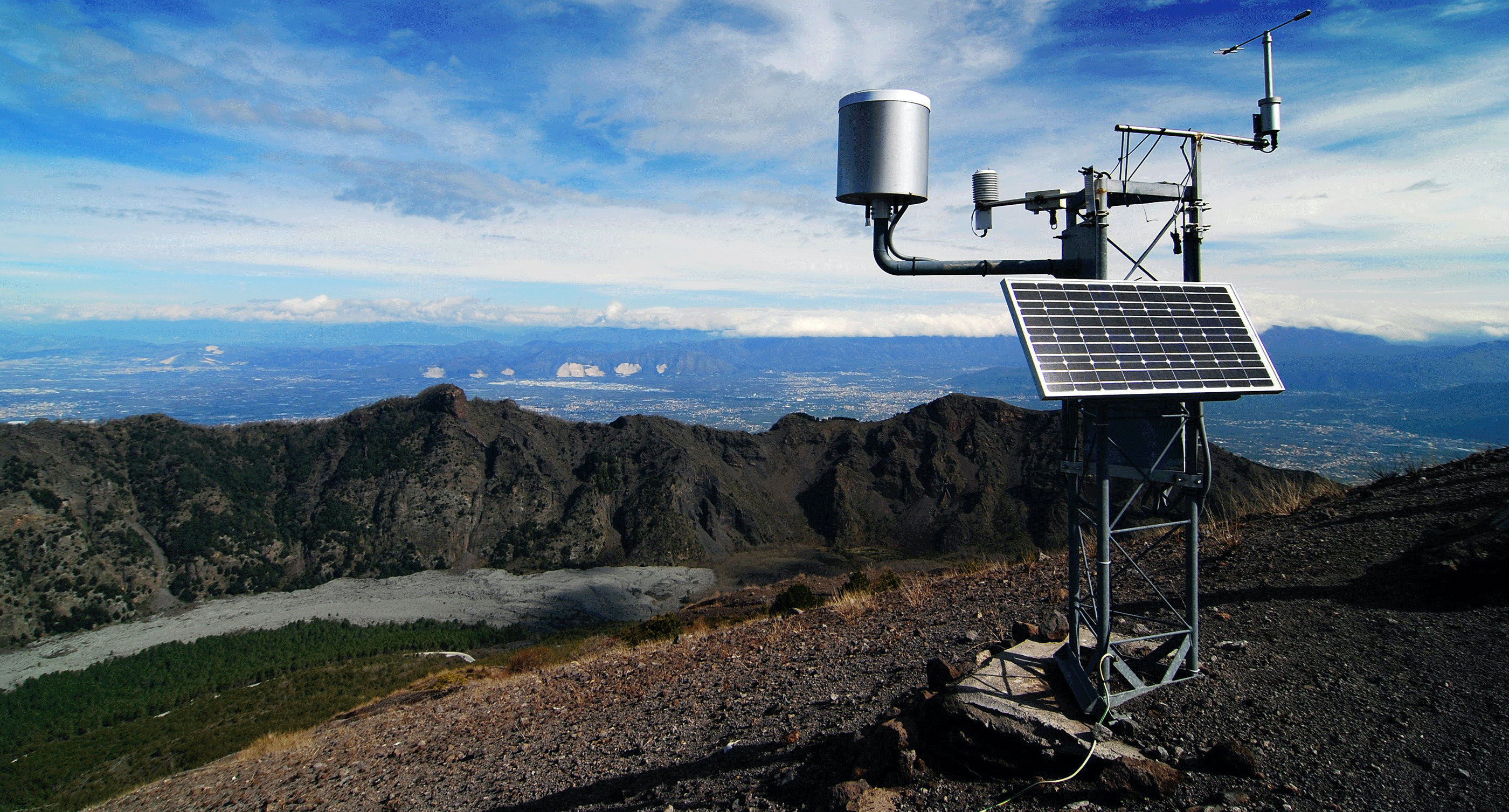 Personal Weather Station on Hill