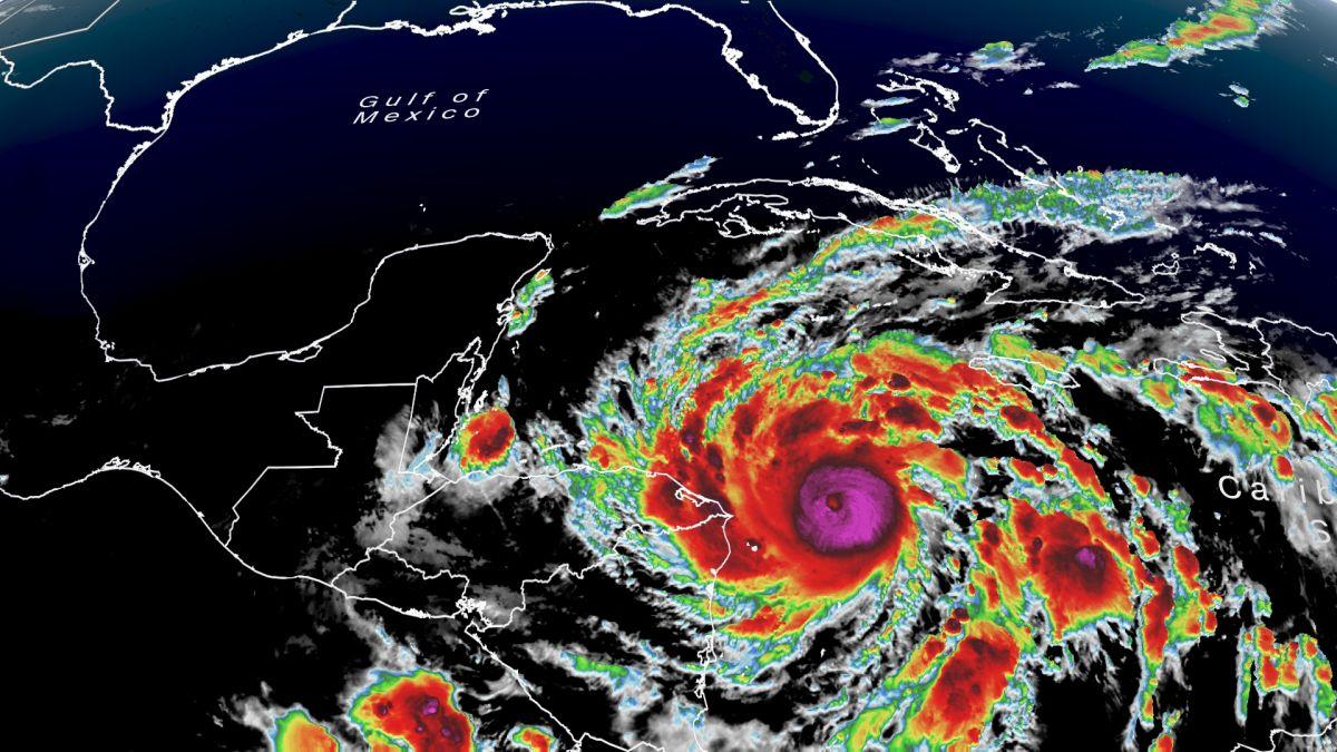 satellite-hurricane-eta