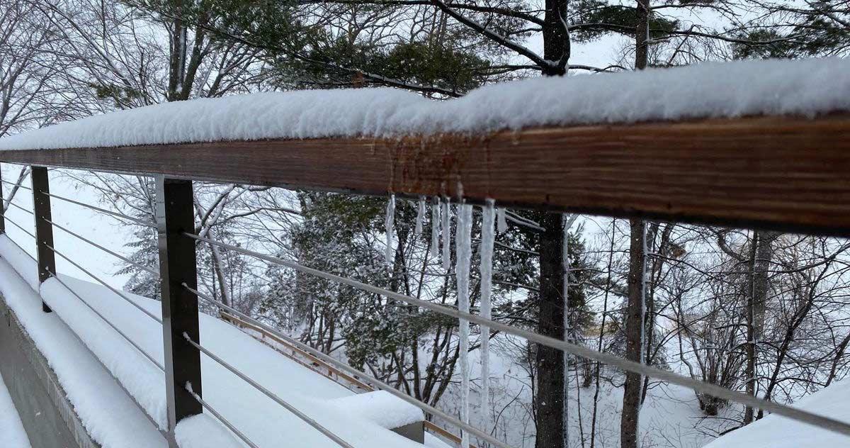 snow_March_15_202-header