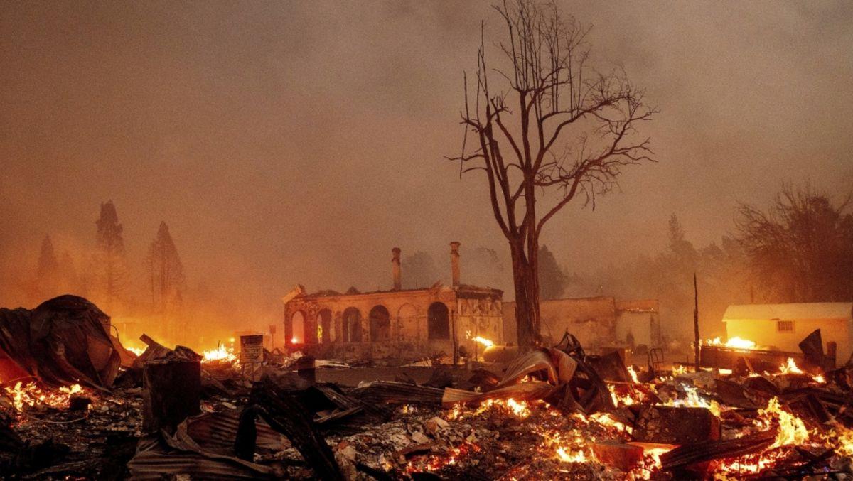 Dixie Fire damage - Noah Berger, AP