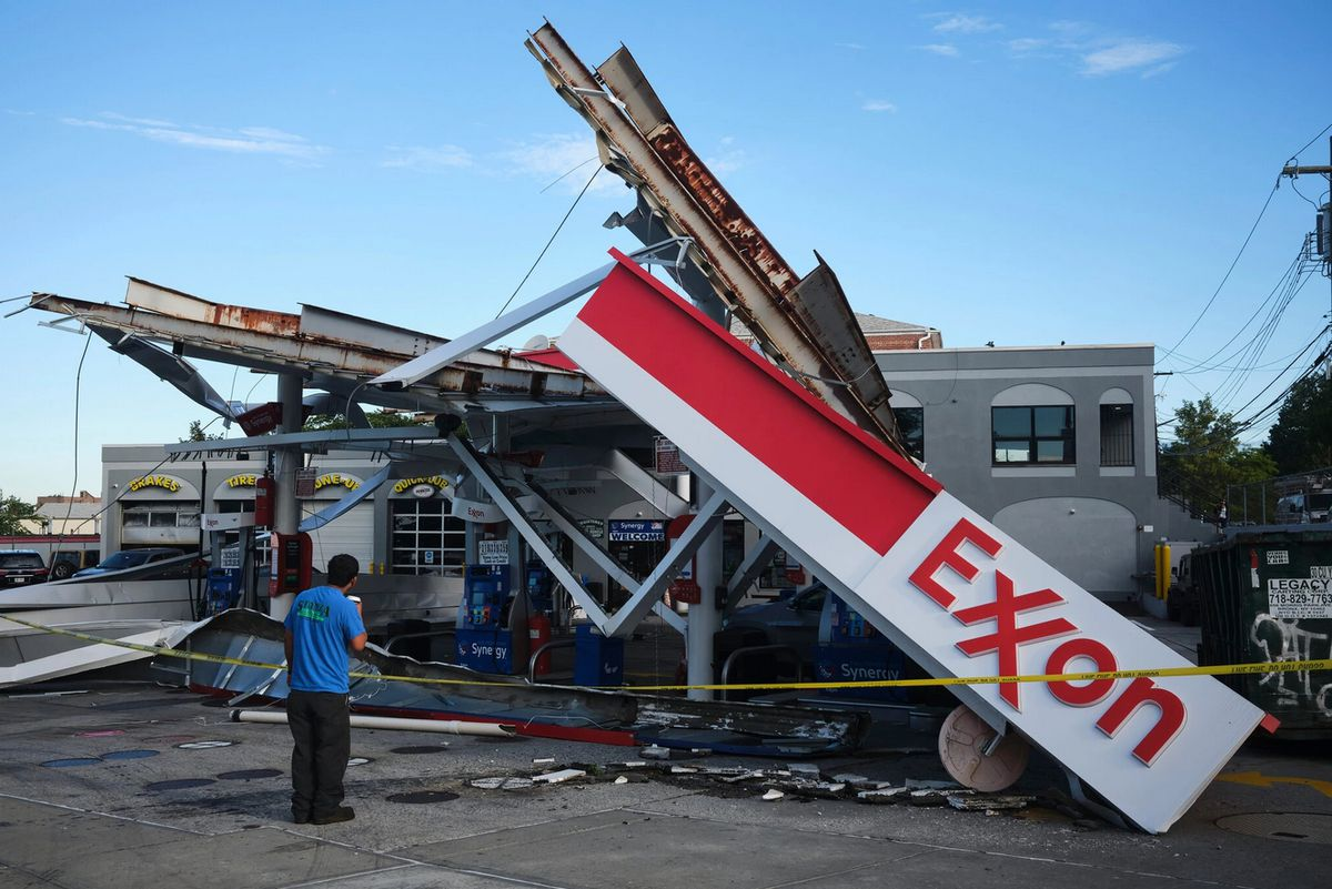Exxon station damaged by Hurricane Ida by John Taggart for The New York Times